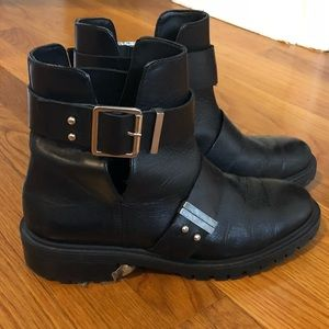 Zara black leather cutout bootie with buckle
